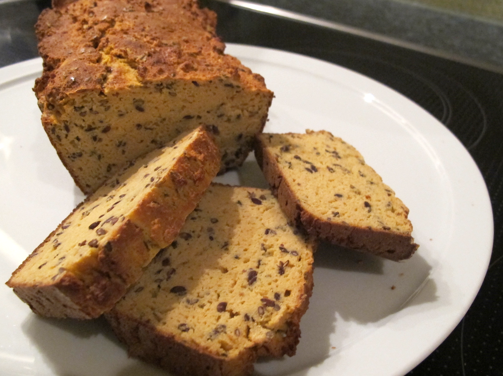 Fitter Ins Leben Low Carb Soja-Brot - selbstgebacken